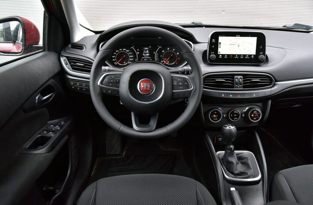 Fiat Tipo deska rozdzielcza