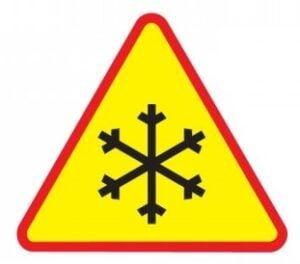 Gołoledź na drodze znak