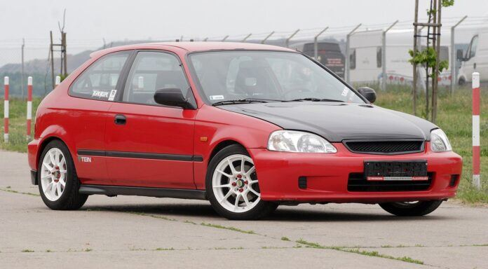 Honda Civic Type-R (2)
