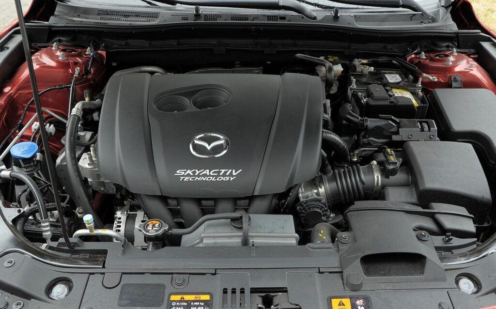 Mazda 3 III (BM) 01