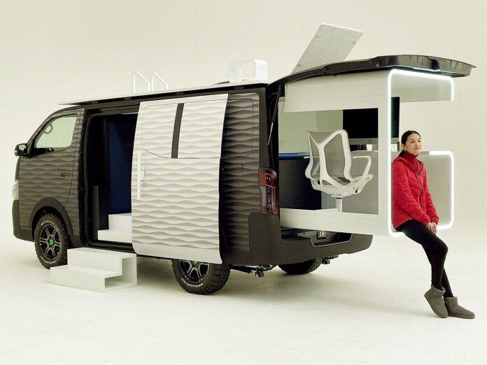 Nissan NV350 Office Pod (3)
