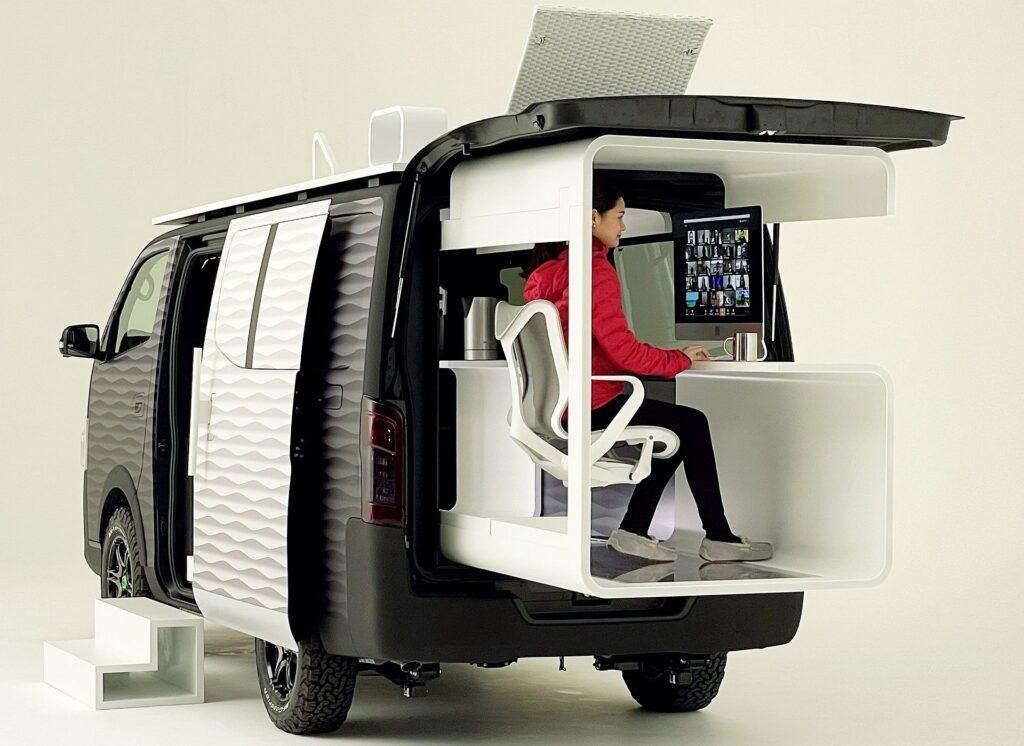 Nissan NV350 Office Pod (4)
