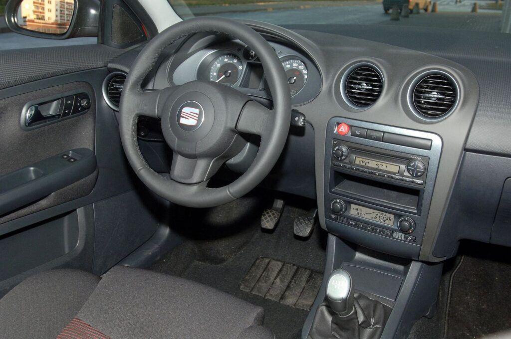 Seat Ibiza III 24