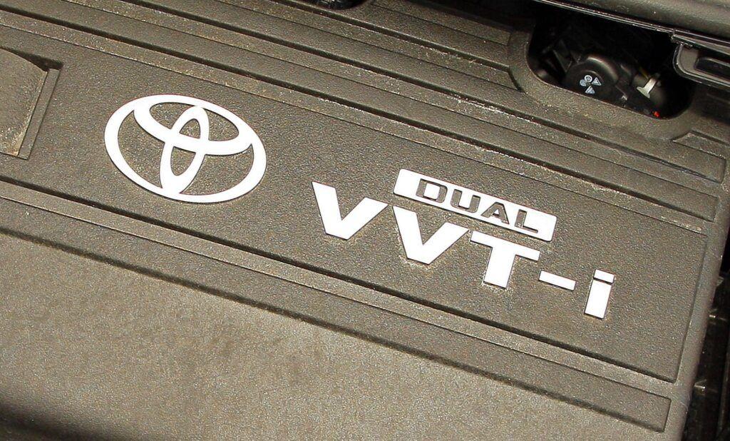 Toyota Yaris II 05