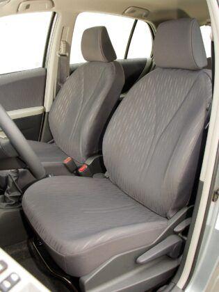 Toyota Yaris II 04