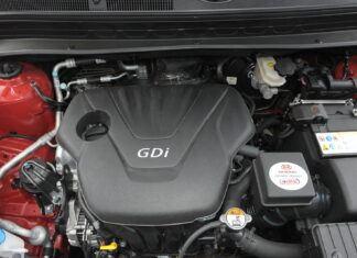 Zalecane marki olejów silnikowych. Czy warto słuchać producentów?