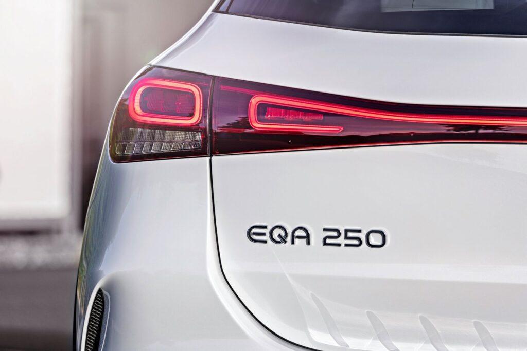 Mercedes EQA (2021)