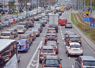 Najbardziej zakorkowane miasta w 2020 roku – raport TomTom Traffic Index