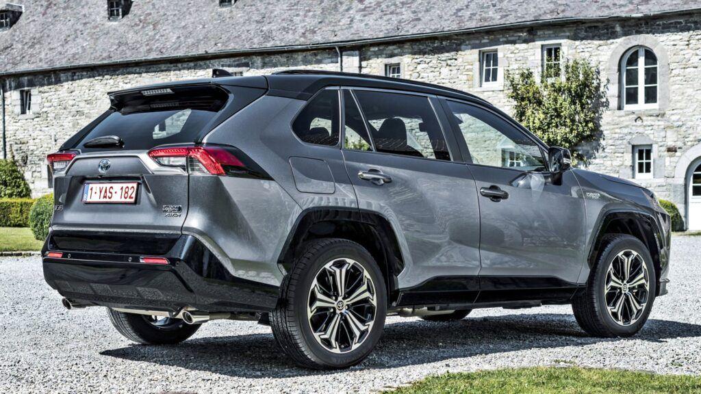 Toyota RAV4 Plug-in Hybrid (2021)