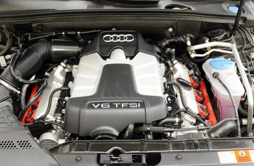 AUDI S4 B8 Avant 3.0TFSI V6 333KM 7AT S-tronic Quattro PO263LC 07-2009