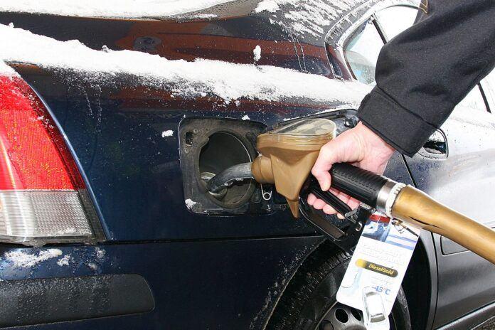 Czy zimą samochód więcej pali (2)