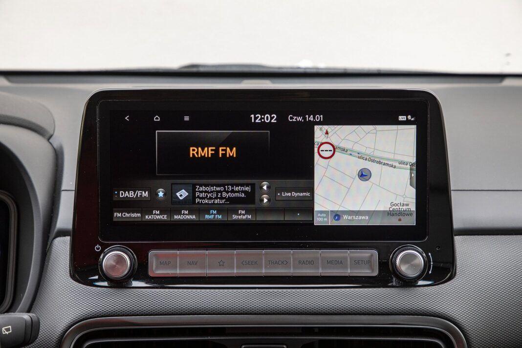 Hyundai Kona Electric - test (2021) - system multimedialny