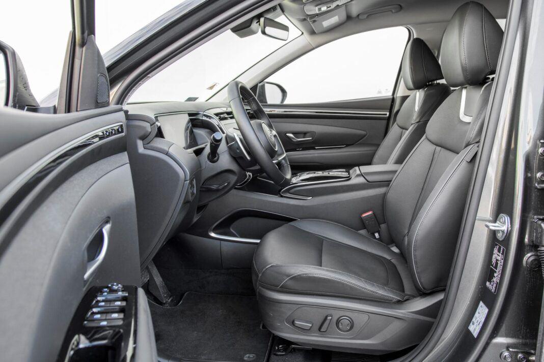 Hyundai Tucson 1.6 T-GDI HEV - fotele