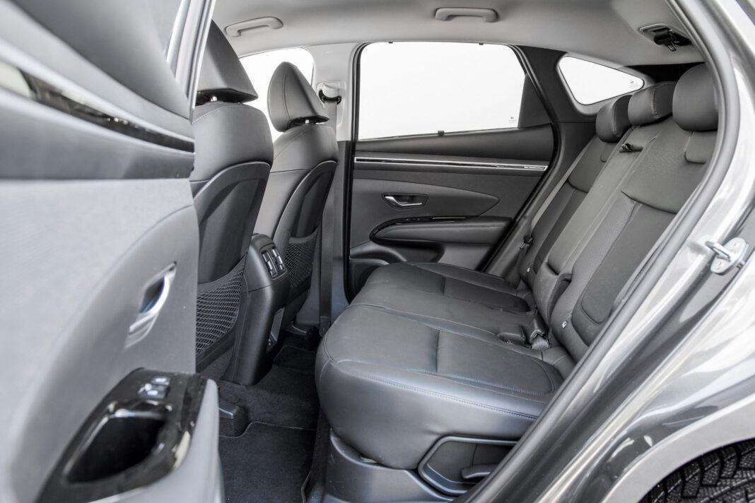 Hyundai Tucson 1.6 T-GDI HEV - kanapa