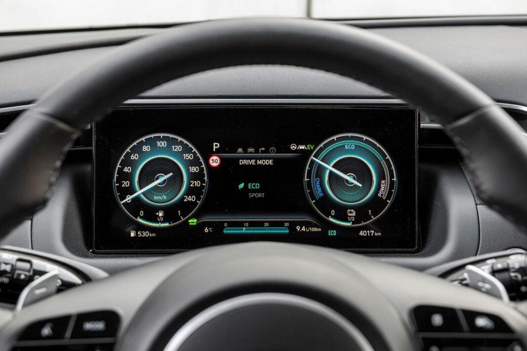 Hyundai Tucson 1.6 T-GDI HEV - zegary
