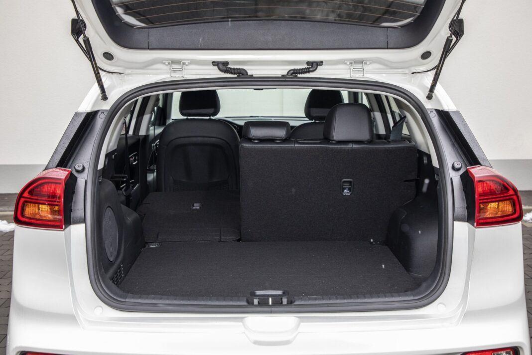 Kia e-niro 64 kWh - test (2021) - bagażnik