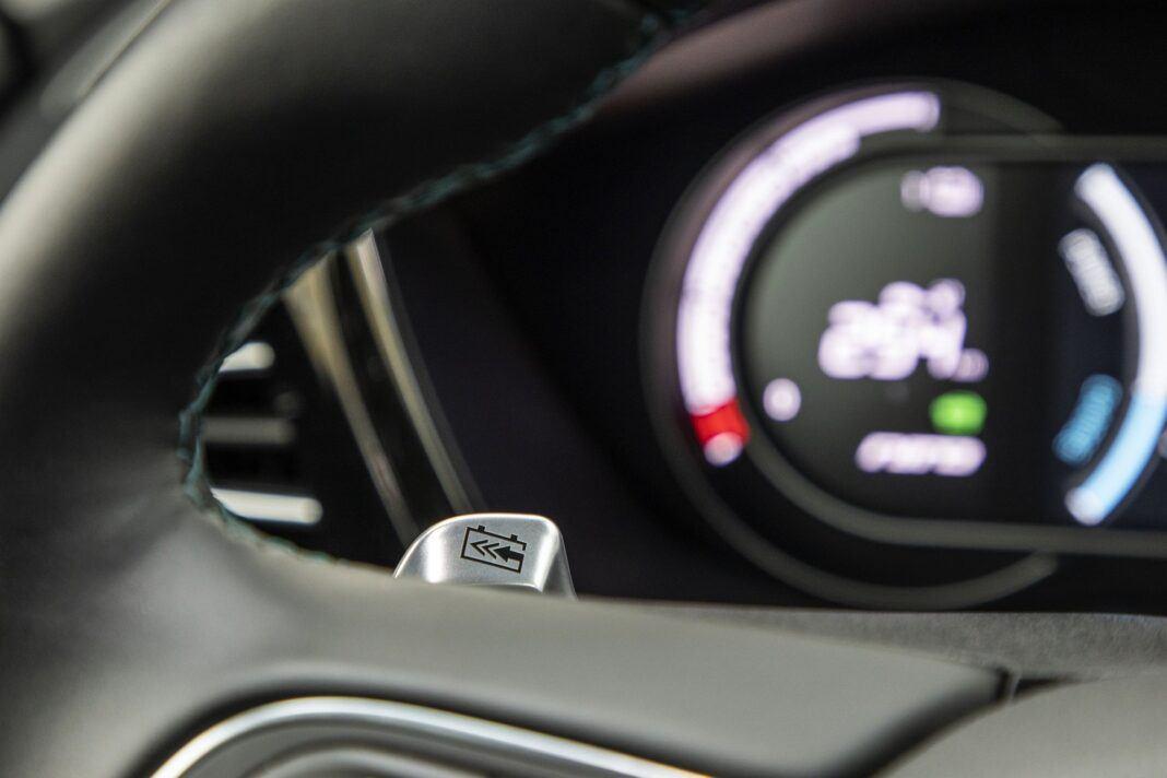 Kia e-niro 64 kWh - test (2021) - manetka rekuperacji