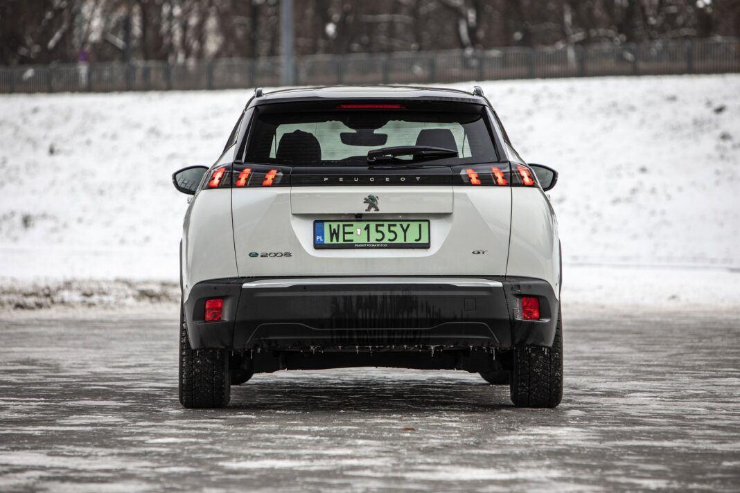 Peugeot e-2008 - test (2021) - tył