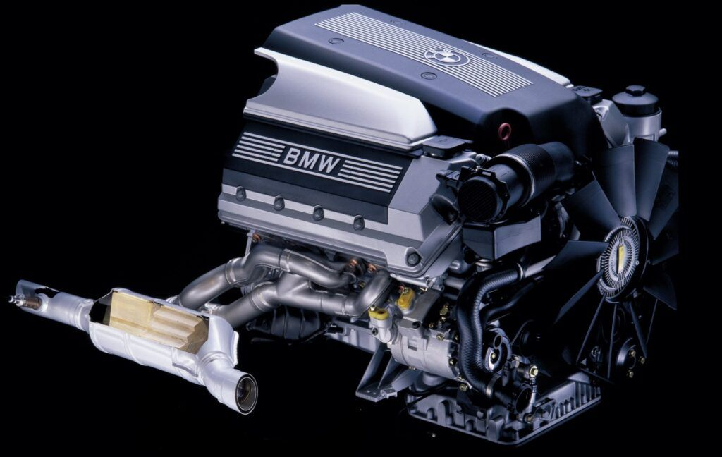 Silnik BMW M62