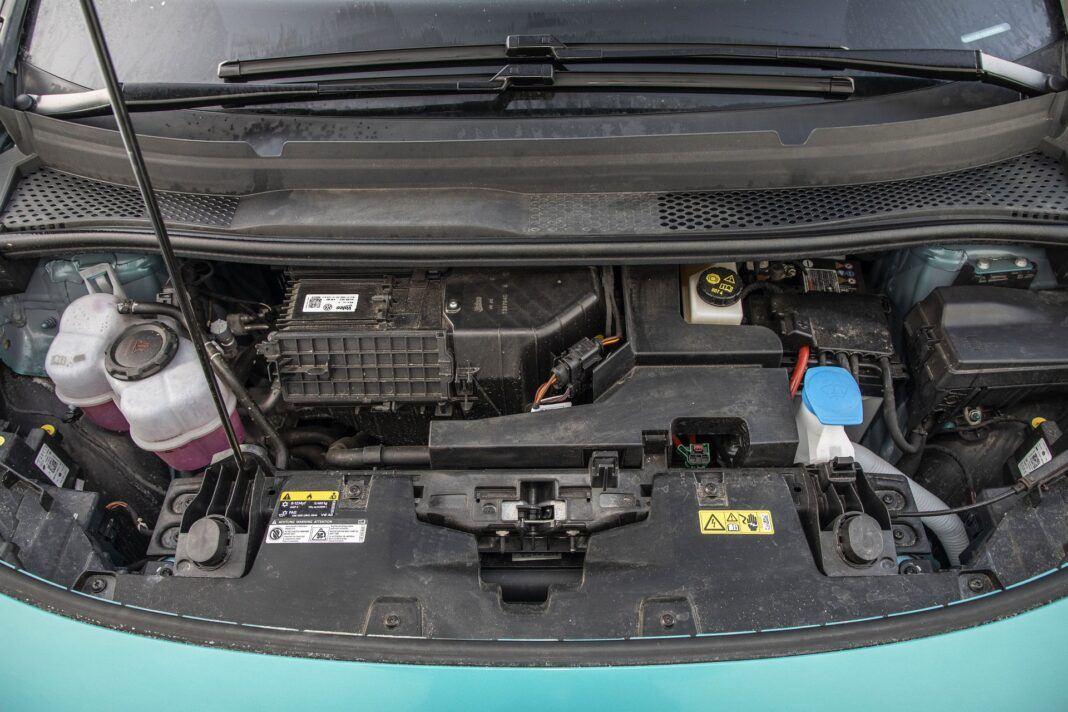 Volkswagen ID.3 Pro Performance - test (2021) - pod maską