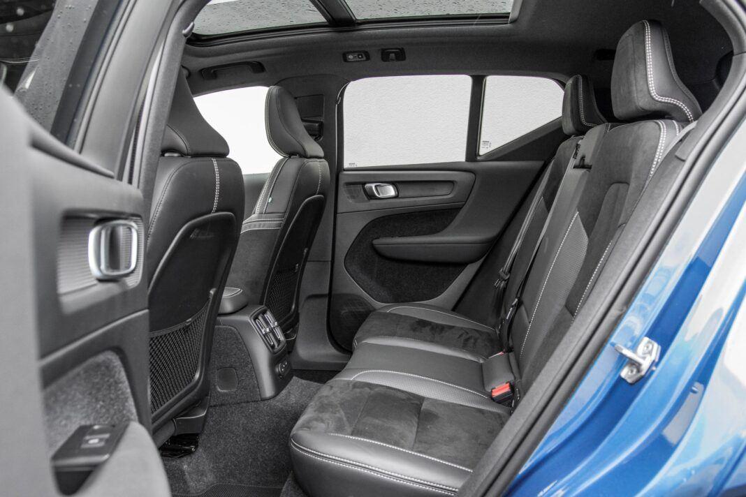 Volvo XC40 - kanapa