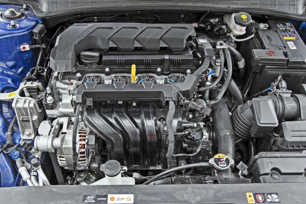 Hyundai Elantra - silnik