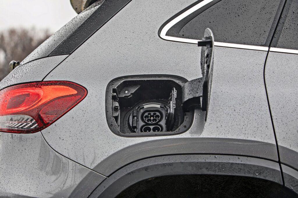 Mercedes EQA 250 - gniazdo ładowania