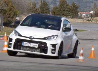 Toyota GR Yaris w teście łosia. Jak sobie poradziła?