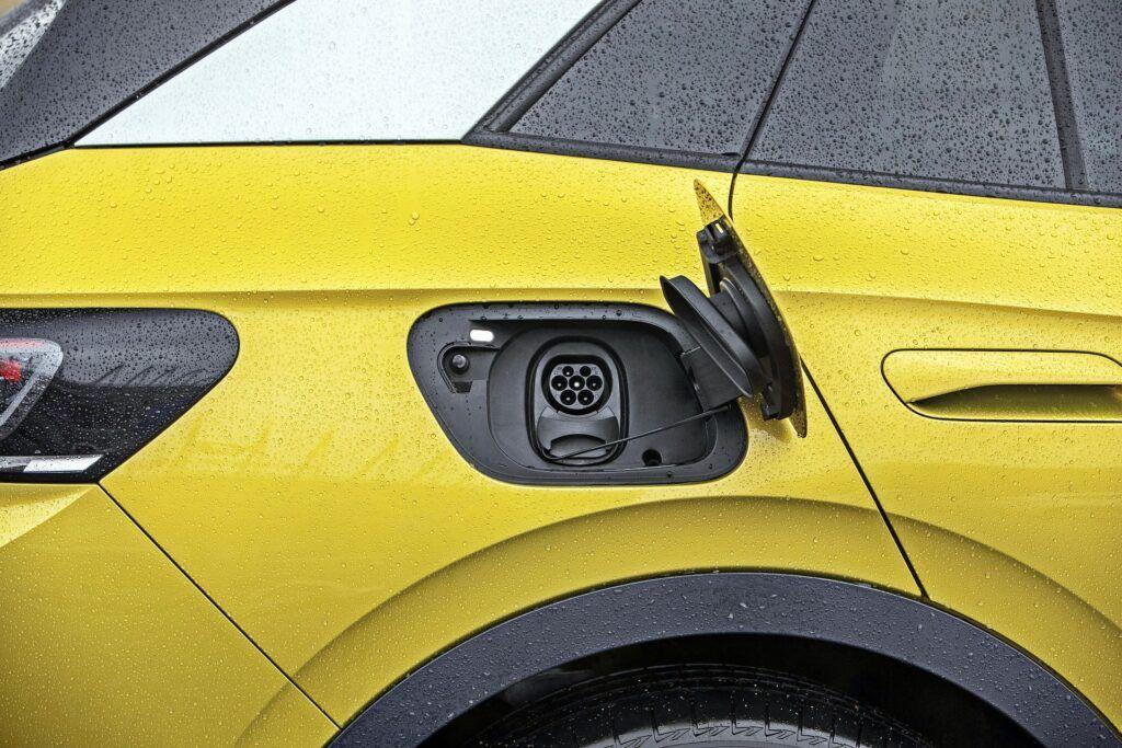 VW ID.4 - gniazdo ładowania