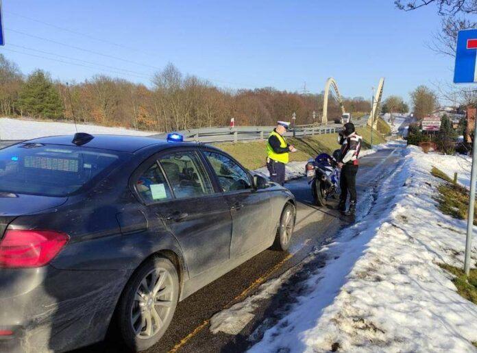 Policja motocykl Poganice