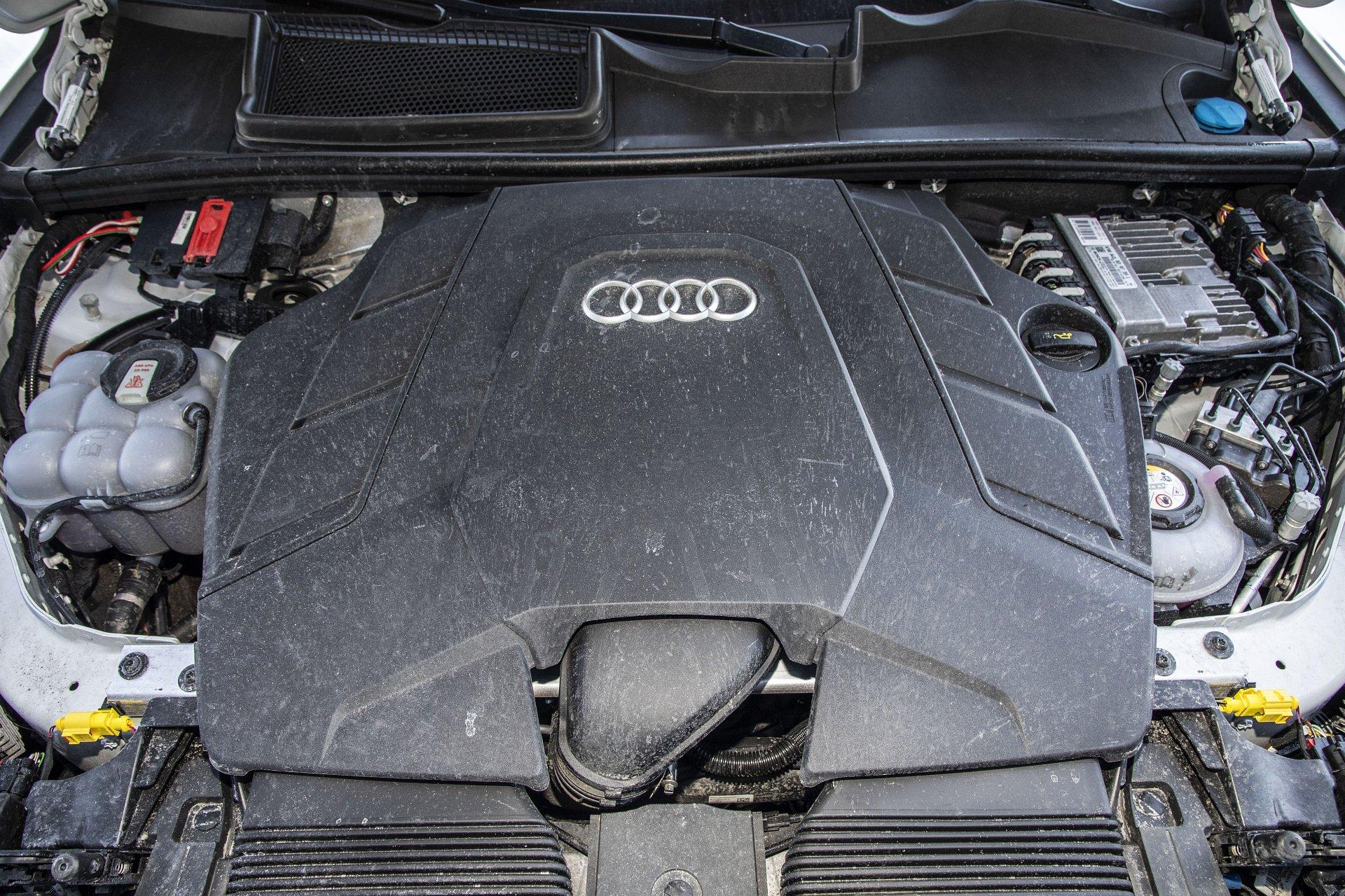Audi Q7 60 TFSI e quattro (2021) - test - 21