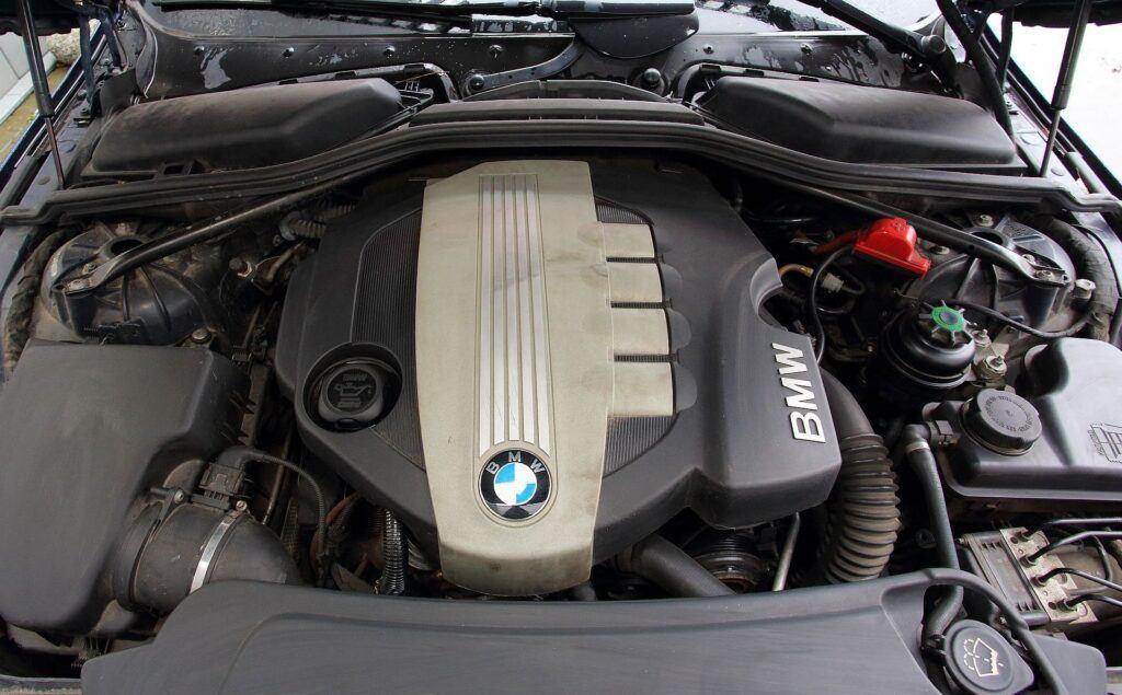 BMW serii 5 E60 02
