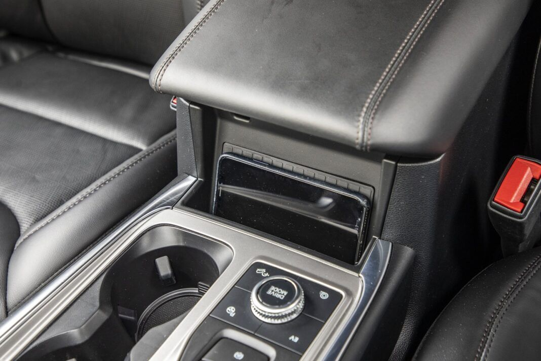 Ford Explorer Plug-In Hybrid (2021) - test - 04