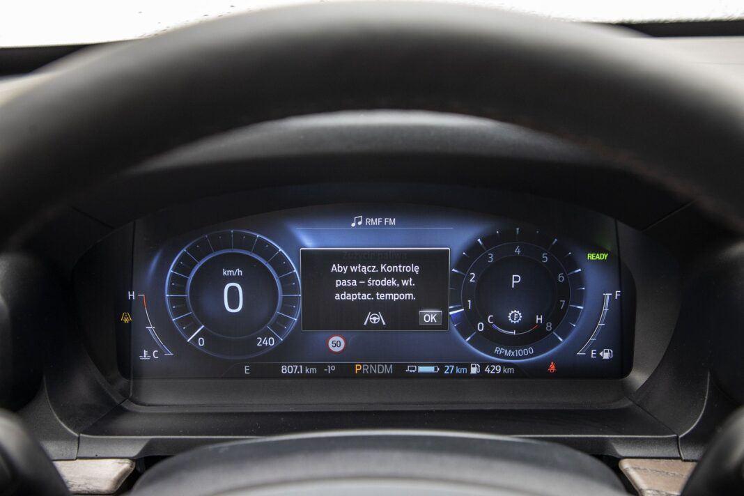 Ford Explorer Plug-In Hybrid (2021) - test - 05