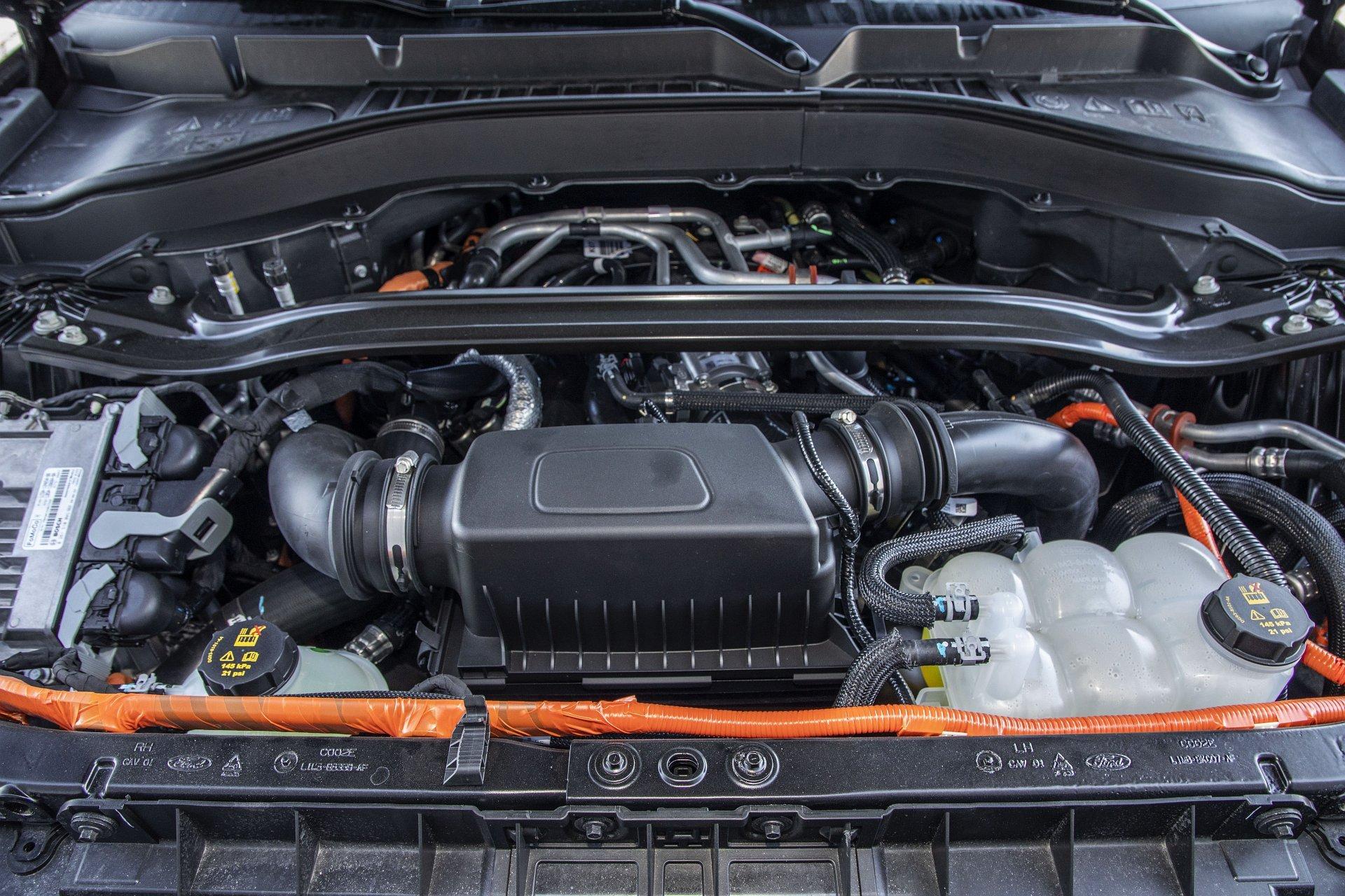 Ford Explorer Plug-In Hybrid (2021) - test - 24