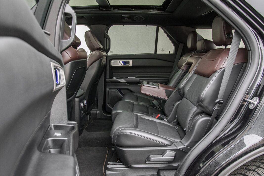 Ford Explorer Plug-In Hybrid (2021) - test - tylne fotele/kanapa