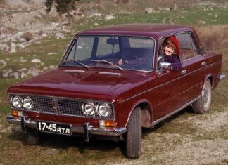 Stare zdjęcia reklamowe radzieckich aut. Oto zbiór najciekawszych prospektów!