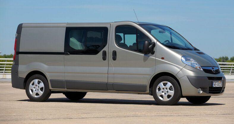Opel Vivaro A Renault Trafic II 34