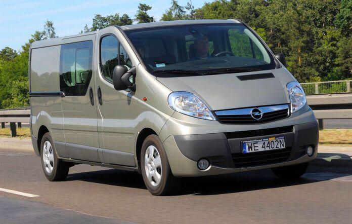 Opel Vivaro A Renault Trafic II 18