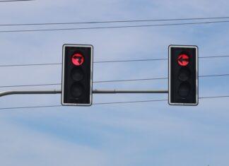 Nie pomyl tych świateł, bo zapłacisz wysoki mandat!