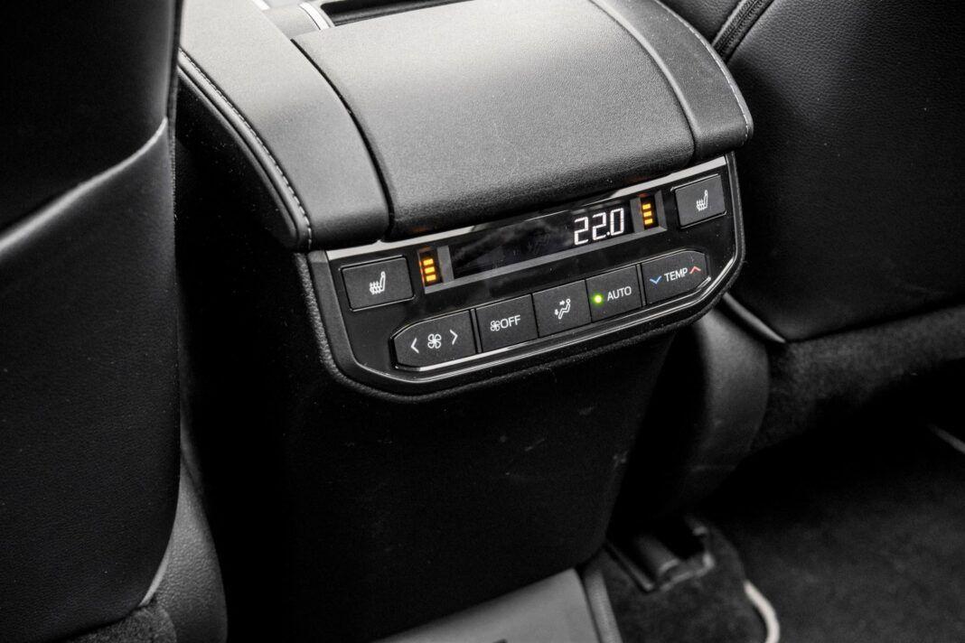 Toyota Highlander 2.5 Hybrid - klimatyzacja