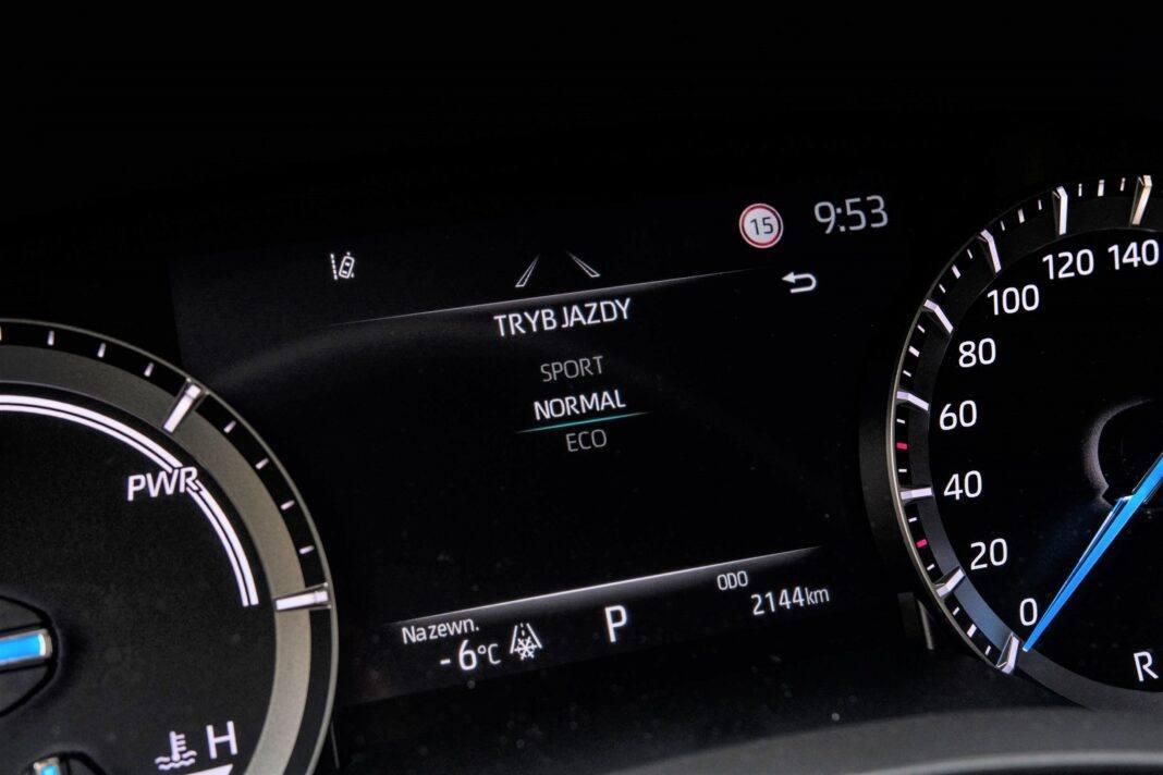 Toyota Highlander 2.5 Hybrid - tryby jazdy