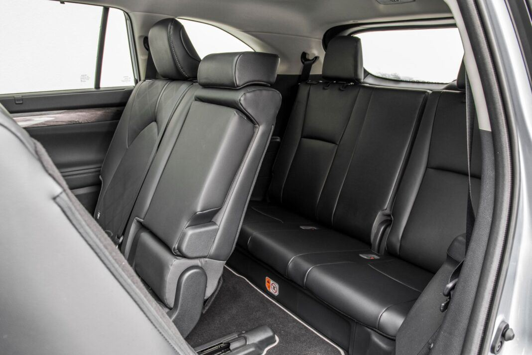 Toyota Highlander 2.5 Hybrid - trzeci rząd