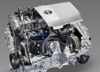 """Najlepsze silniki Toyoty. 10 najbardziej """"pancernych"""" motorów ostatnich lat"""