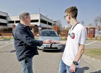 Umowa użyczenia samochodu. Jak ją spisać? Wzór umowy użyczenia auta
