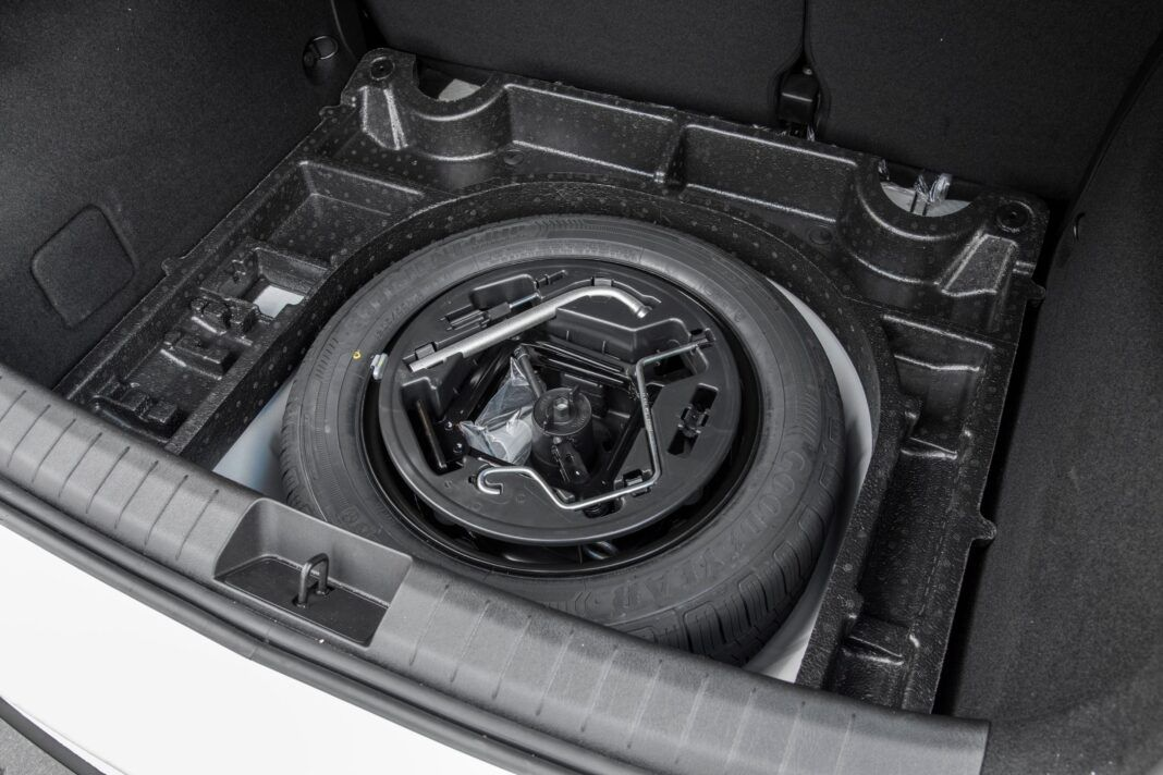 Fiat Tipo Cross - koło zapasowe