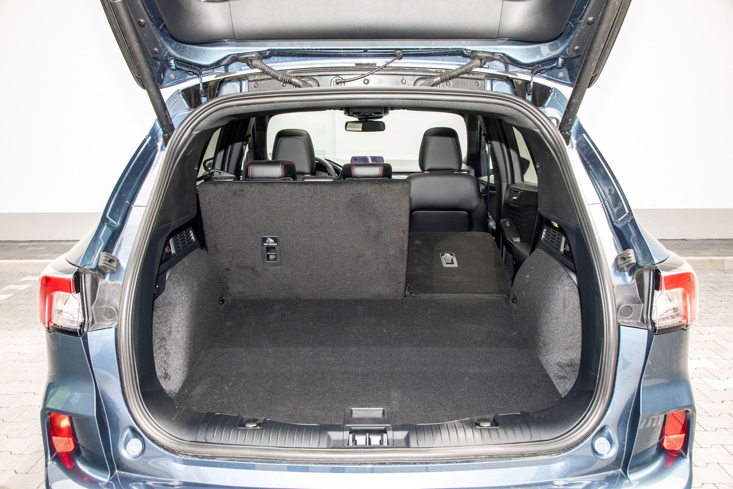Ford Kuga - bagażnik