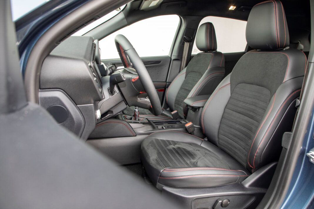 Ford Kuga - fotele