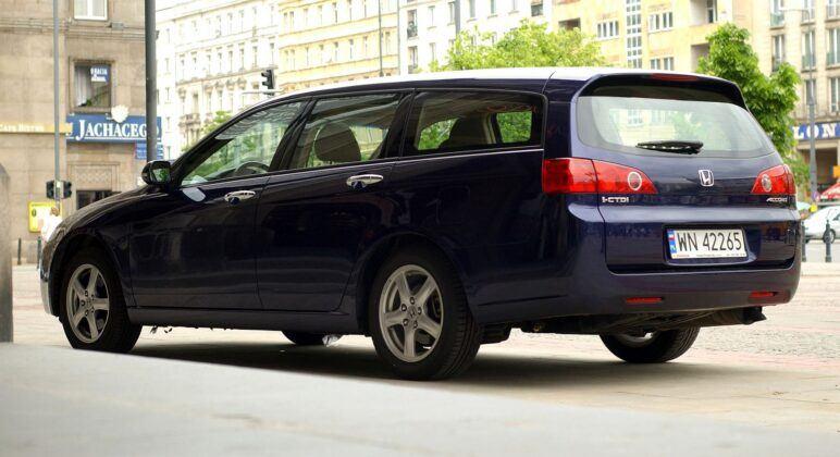 Honda Accord VII kombi