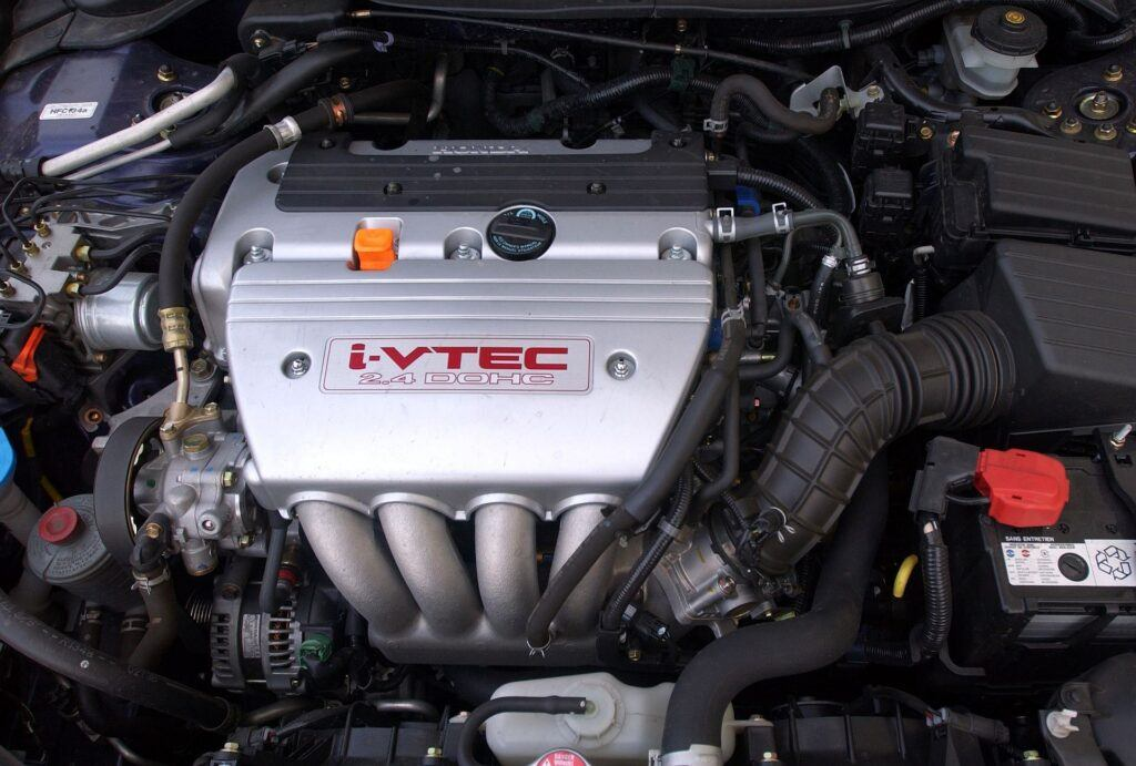 Honda Accord VII silnik